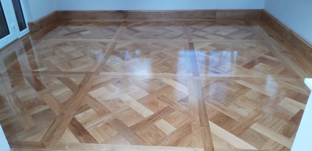 Oak Versaille Panels