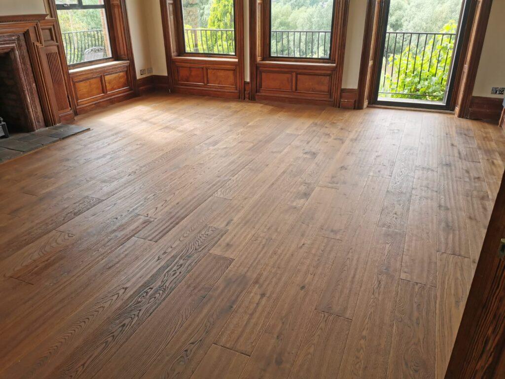 Cognac oak planks